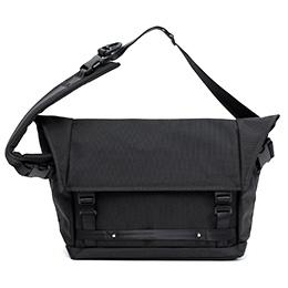 ベルーフバゲージ(beruf baggage) エスコレクション メッセンジャーバッグ ショルダーバッグ ブラック