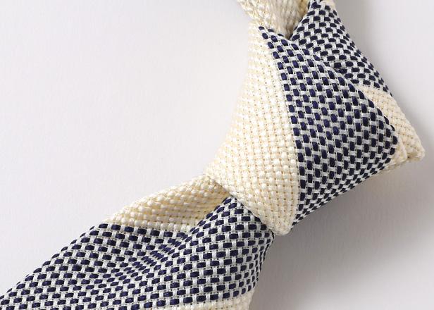 ネクタイ色